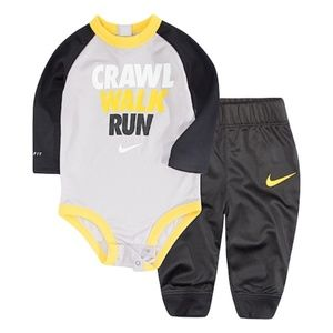 New Nike Dri-Fit Infant Crawl Walk Run Set 3 Month